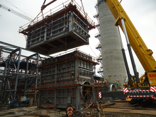 12-20310中国石化扬子石油化工有限公司油品质量升级及原油劣质化改造项目200万吨/年催化裂化装置余热锅炉吊装照片8-26